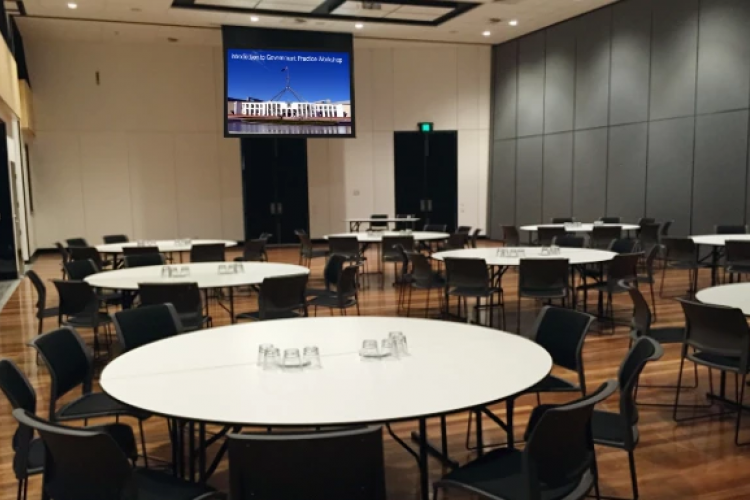 Virtual Tour of Small Meeting Rooms